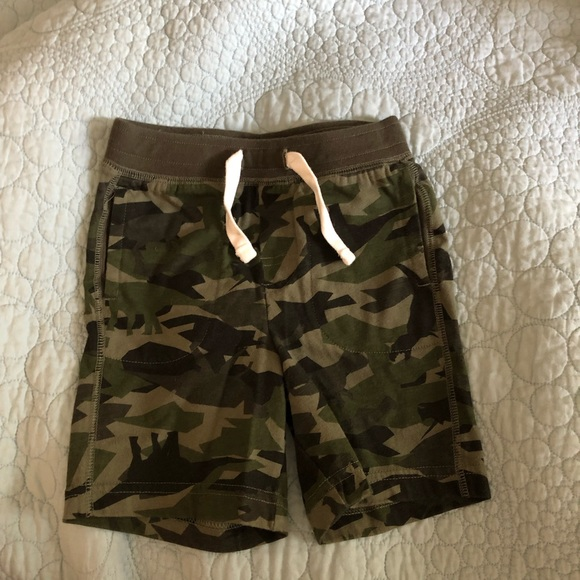 GAP Other - Camo toddler gap shorts size 18 - 24 months